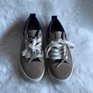 NWOT Geox suede sneakers